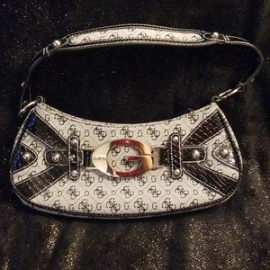 Guess Bags - Guess purse NWOT